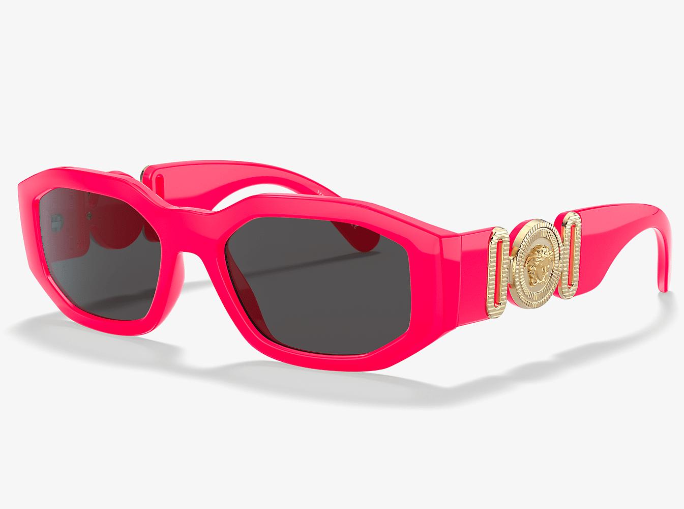 Sunglass Hut: 30% Off Designer Sunglasses