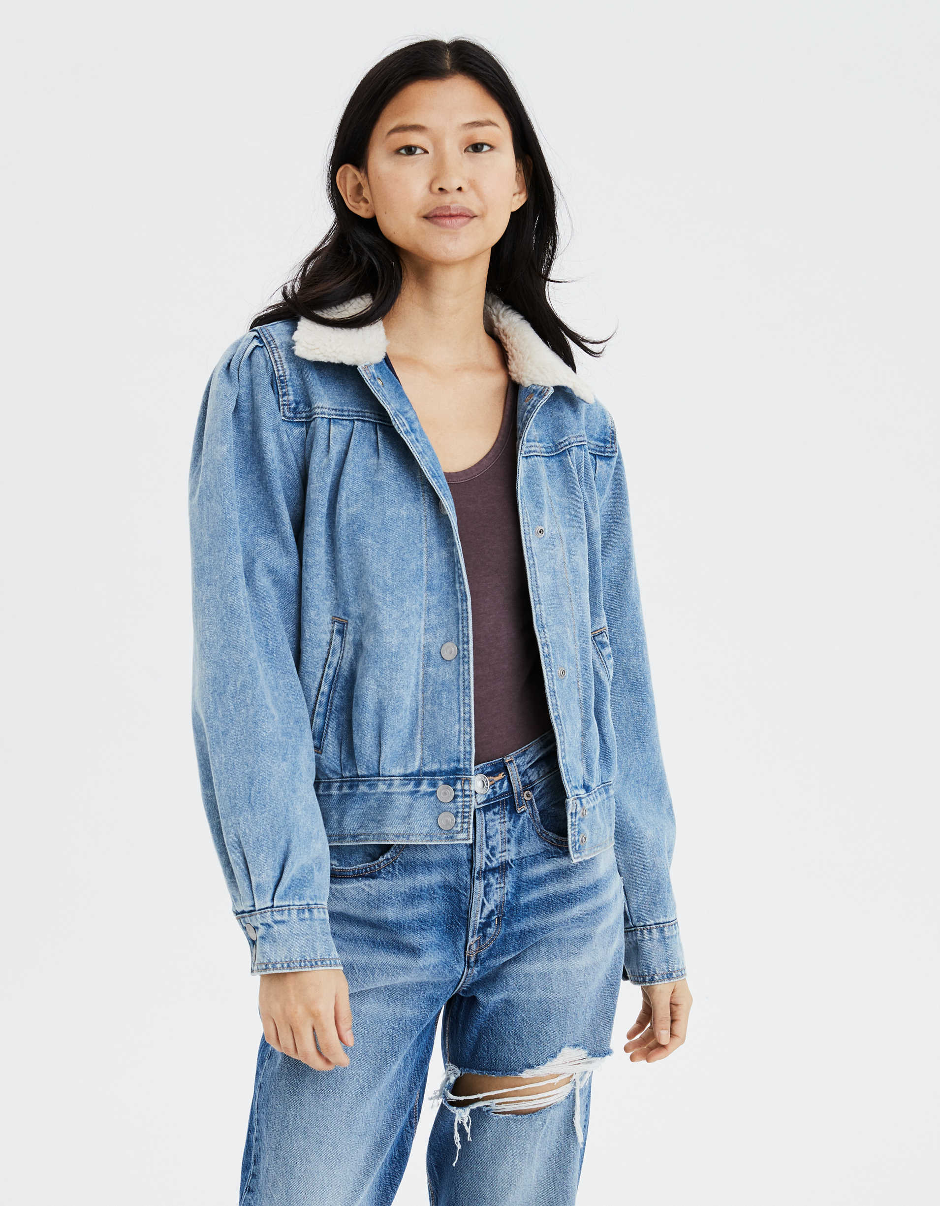 American Eagle: 60% off clearance + extra 20% off