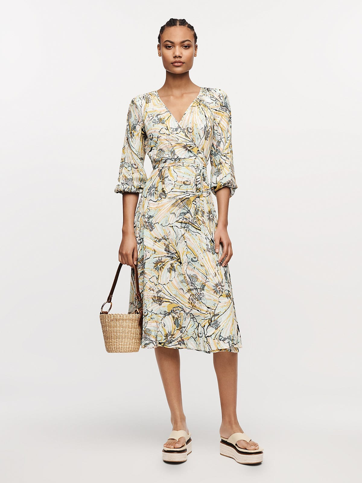 DVF Sample sale! Up to 80% off!