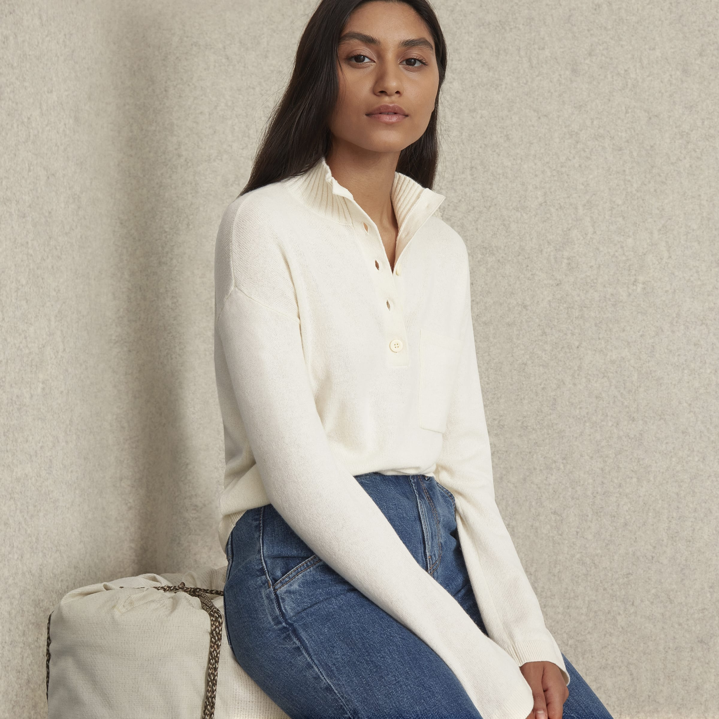 Everlane: Up to 50% off sale styles!