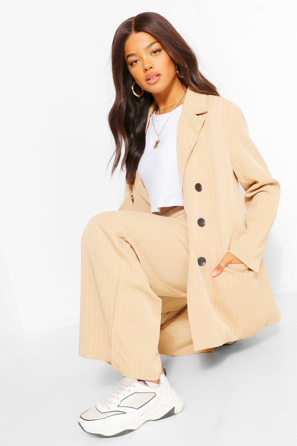 Boohoo: 40% Off Everything Sitewide