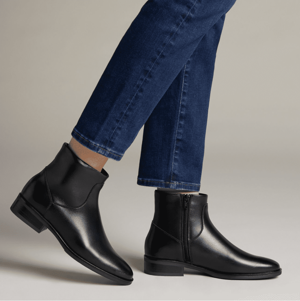 Clarks: Extra 40% off your entire purchase