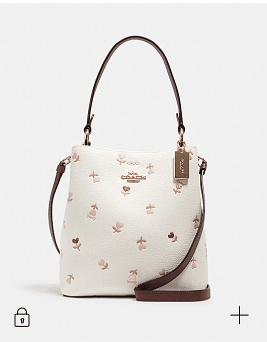 Coach Outlet: Valentine's Day Gift!