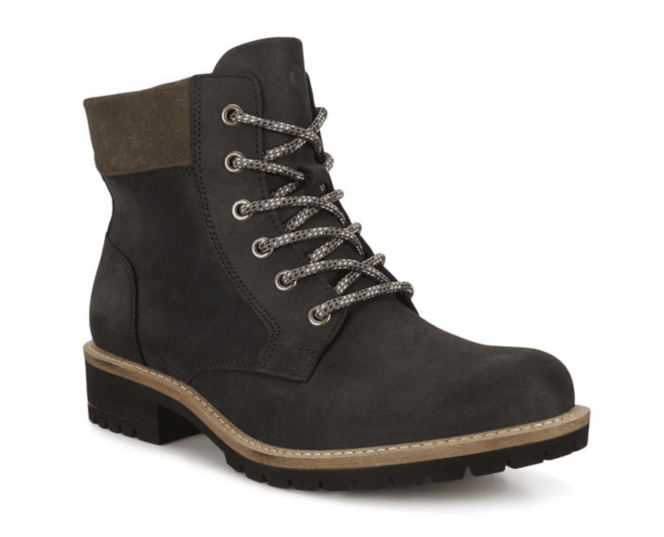 Ecco: Extra 50% off Elaina and Jamestown Boots
