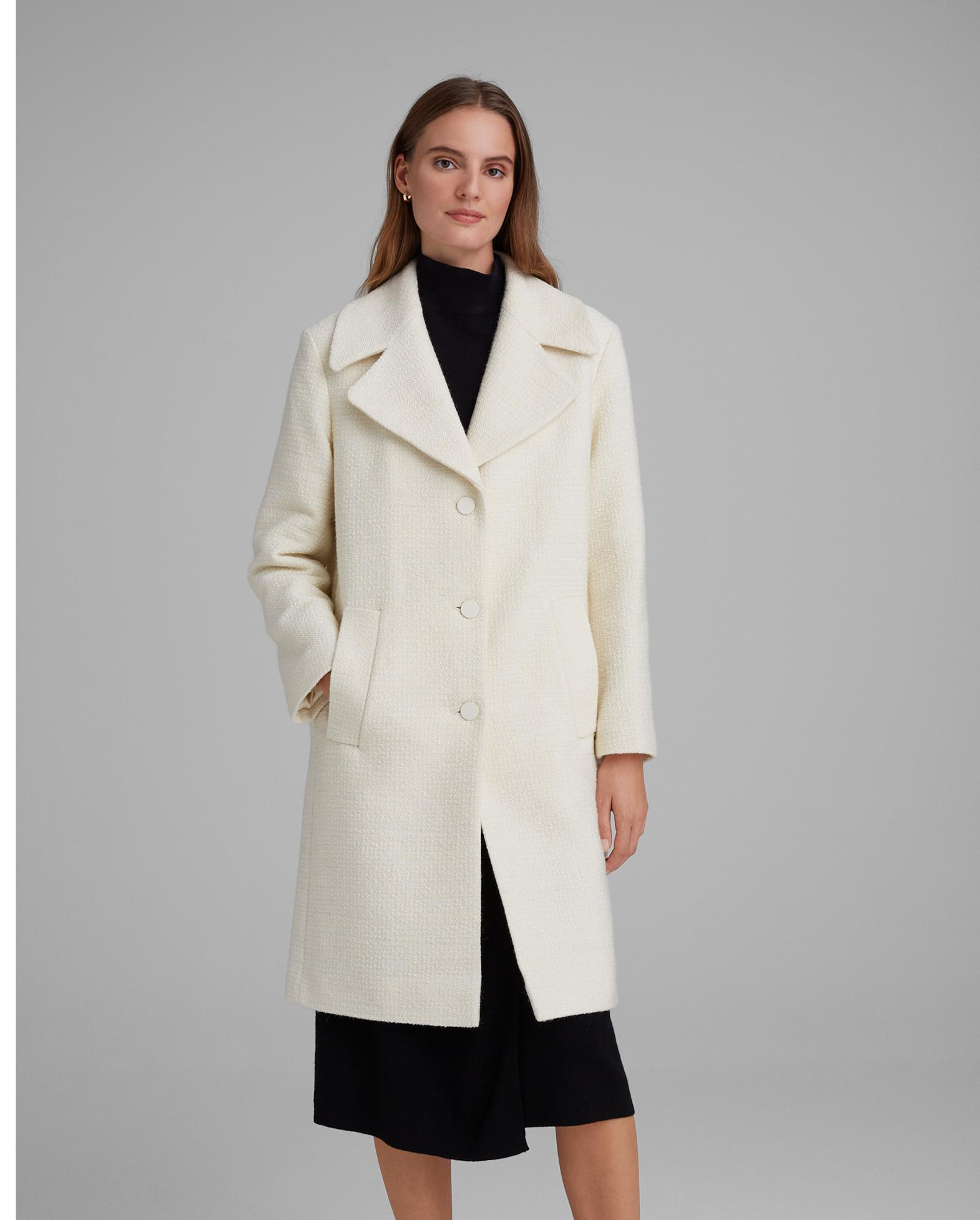 Club Monaco: Extra 30% off sale styles + extra 10% off Outwear!
