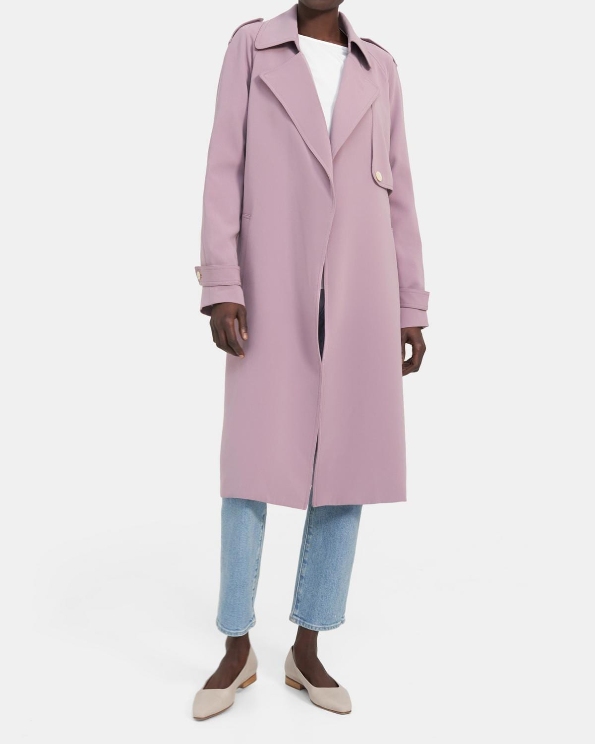 Theory Outlet: Up to 80% off + Extra 10% off flash sale!