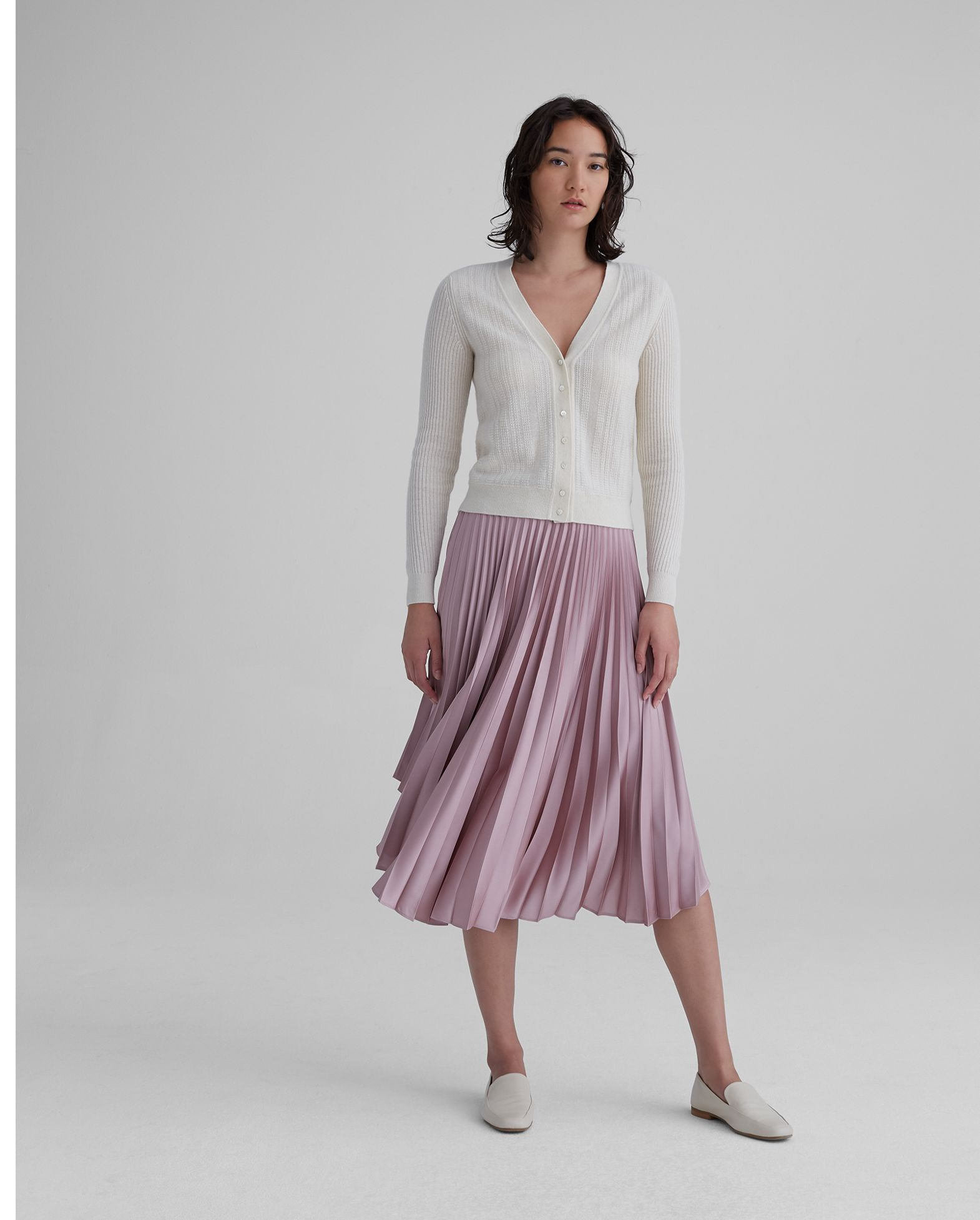 Club Monaco: Memorial Day Event! 25% off sitewide!