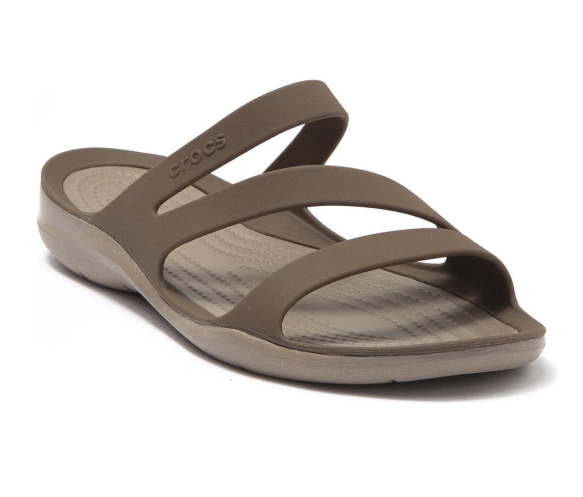 Nordstrom Rack: Sandals on sale! Up to 80% off